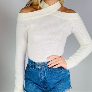 MOTH White Wool Alpaca Off Shoulder Ribbed Sweater